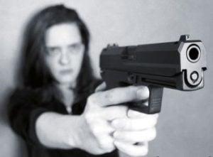 gun_woman