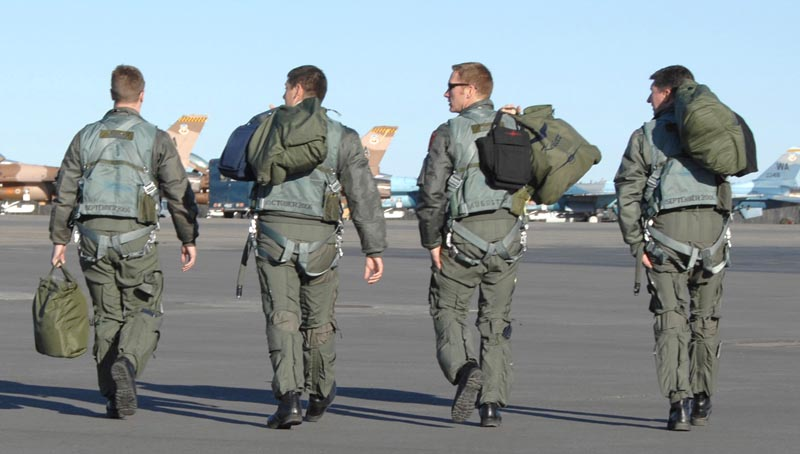 fighter pilots pass up 225 000 bonuses they want out conservative news today. Black Bedroom Furniture Sets. Home Design Ideas